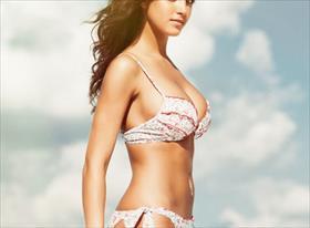 Bikini Girl - пляжные съемки девушек