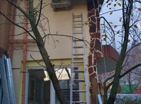 Установка кондиционеров в 2 этапа в загородном доме.