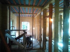 Внутренние перегородки в доме из клееного бруса
