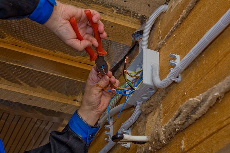подключении электричества